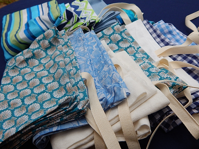 Homemade reusable cloth bags can transport and store produce, bulk food, and gifts. Learn more at TwiceasTasty.com.