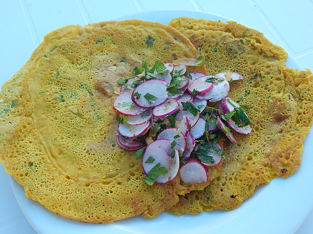 These scallion pancakes are gluten-free, dairy-free, vegan, easy, and tasty. Get savory pancake recipes at TwiceasTasty.com.